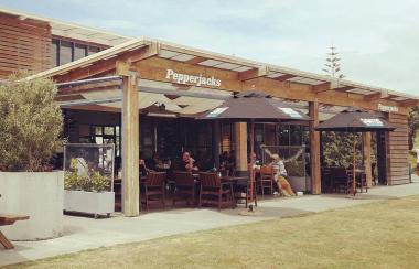 Pepperjacks Kitchen & Bar